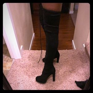 Shoes - BRAND NEW LUG SOLE THIGH HIGH BOOT 👢